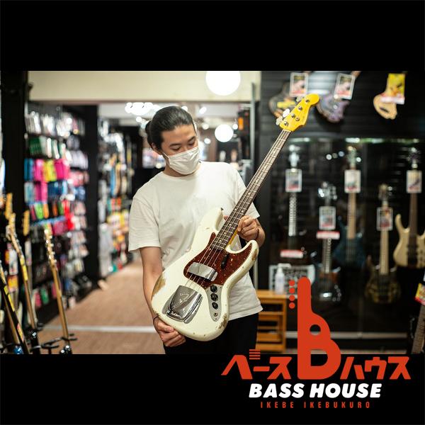 貫禄あるルックスと確かなサウンド。Fender Custom Shop Jazz Bass